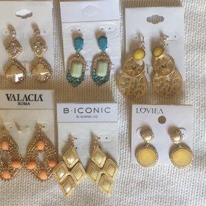 6 pairs of pierced earrings